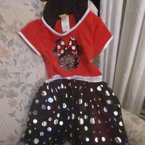 girl size 6 Mini mouse dress /hoodie like mini